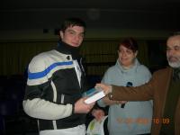 Andrea Dantignana, 4B ITIS Einstein, vince il premio per le scuole superiori. Nella foto il Dirigente scolastico prof. Menichelli e la prof.ssa Pellegrini